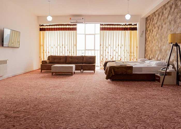 عکس اتاق سه تخته هتل فرید تبریز