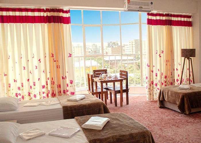تصاویر اتاق سه تخته هتل فرید تبریز