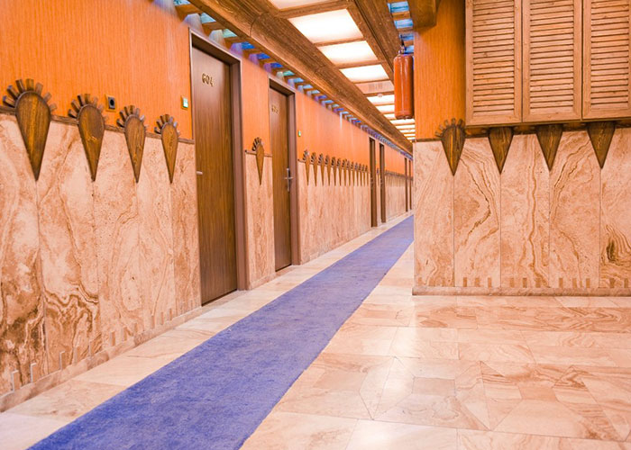 راهرو طبقات هتل فردوسی تهران
