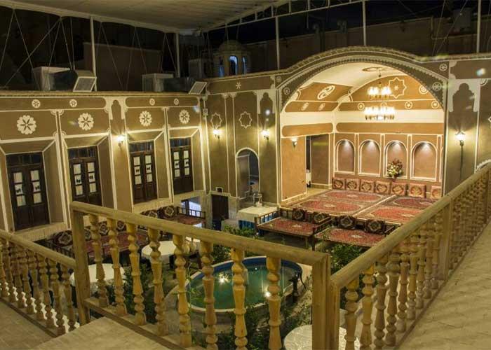 تصاویر ساختمان هتل سنتی فیروزه یزد