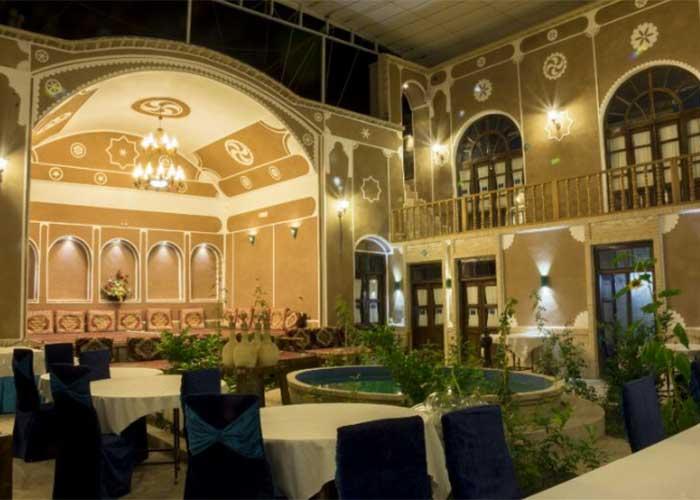 رستوران هتل سنتی فیروزه یزد