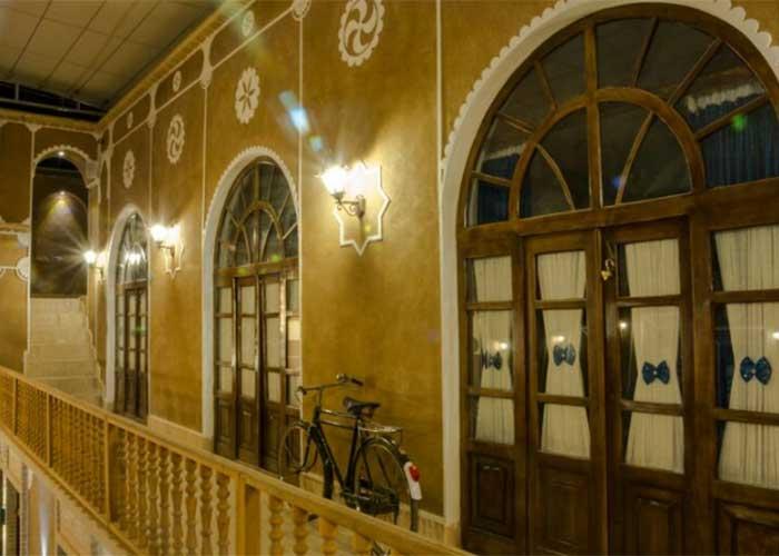 رستوران هتل سنتی فیروزه