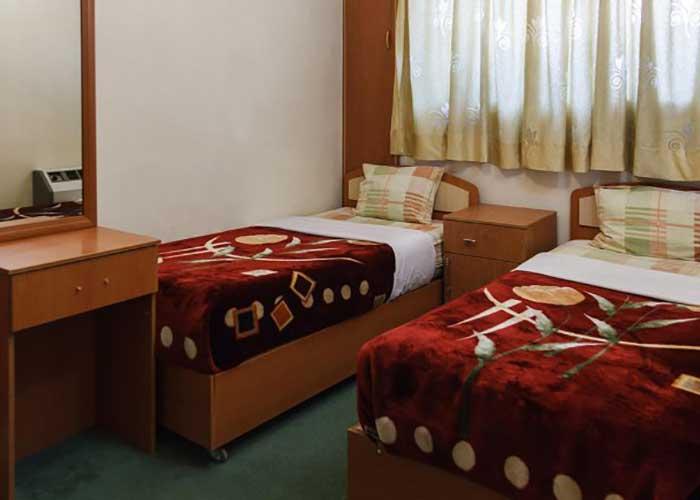 اتاق سه تخته هتل قصر اصفهان