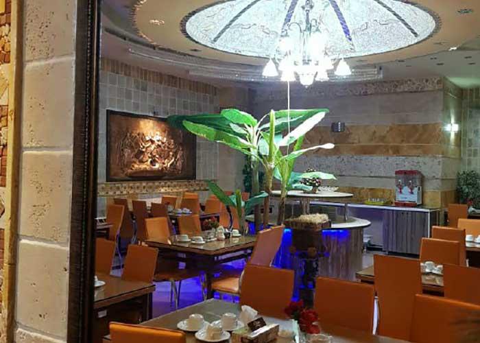 تصاویر رستوران هتل قصر اصفهان