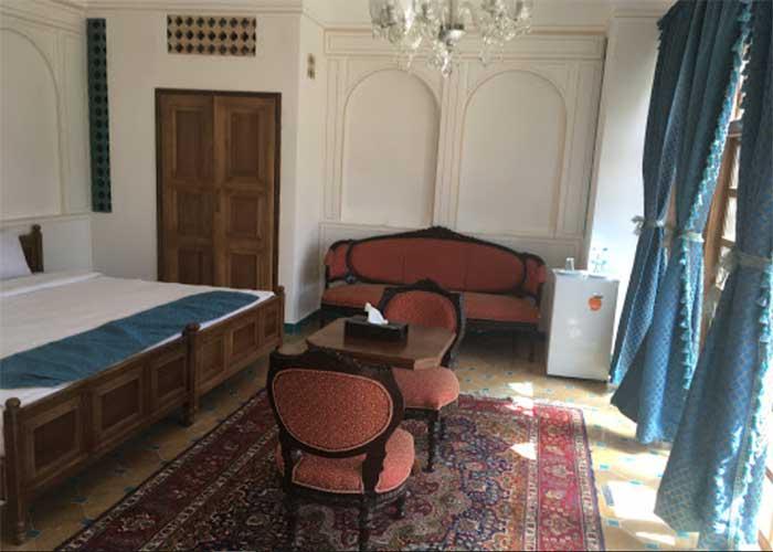 مبلمان اتاق هتل قصر منشی اصفهان