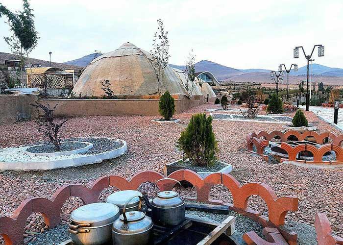 محوطه مجتمع اقامتی گلستانکوه خوانسار