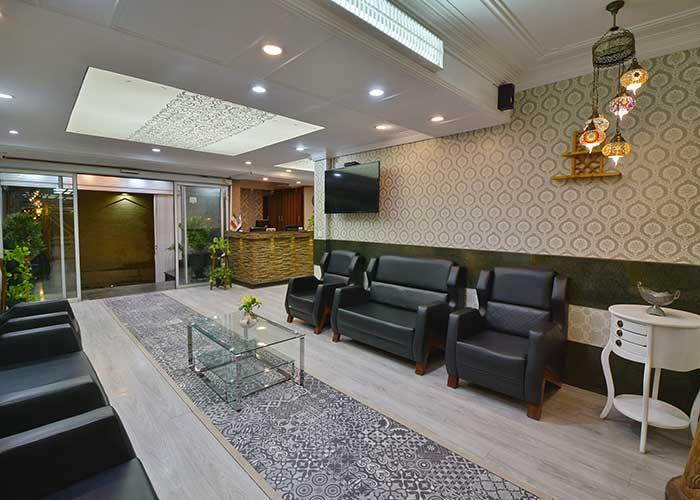 پذیرش هتل حافظ شیراز