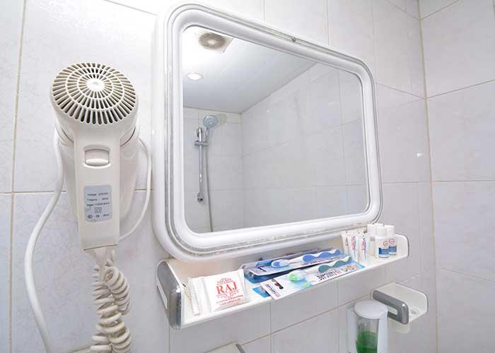 عکس سرویس بهداشتی هتل حافظ شیراز