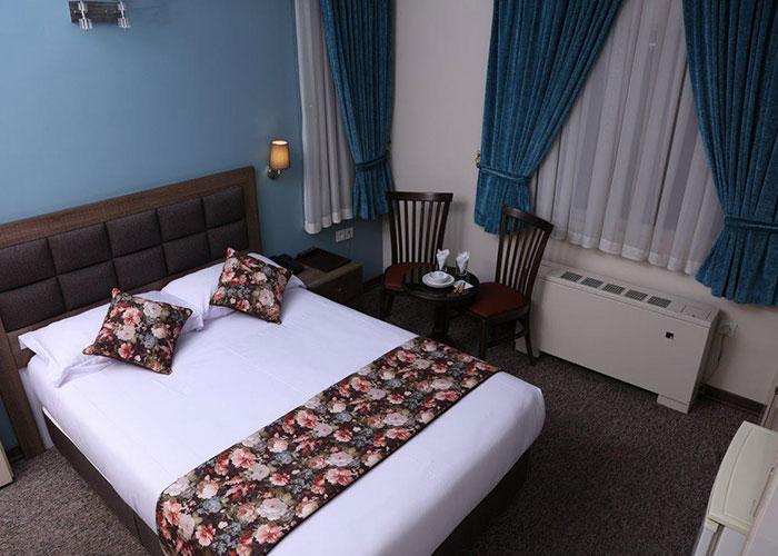 اتاق هتل هالی تهران