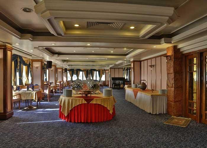 رستوران هتل هما تهران