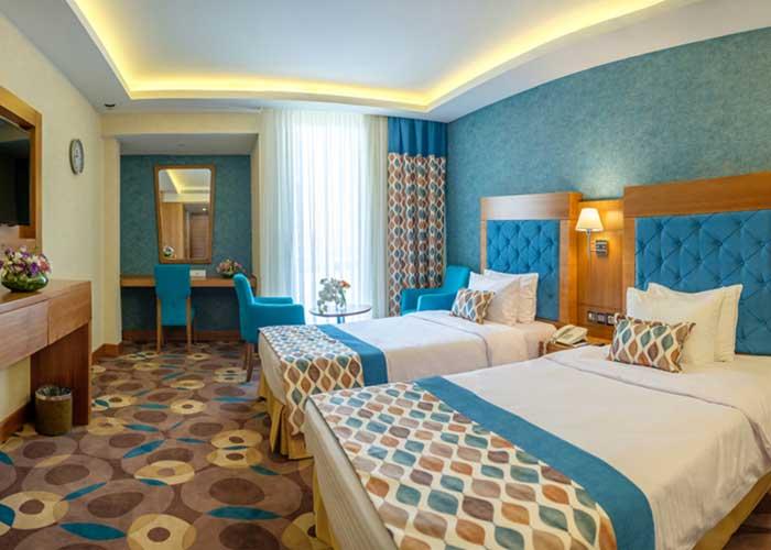 اتاق توئین هما کلاس هتل هما تهران