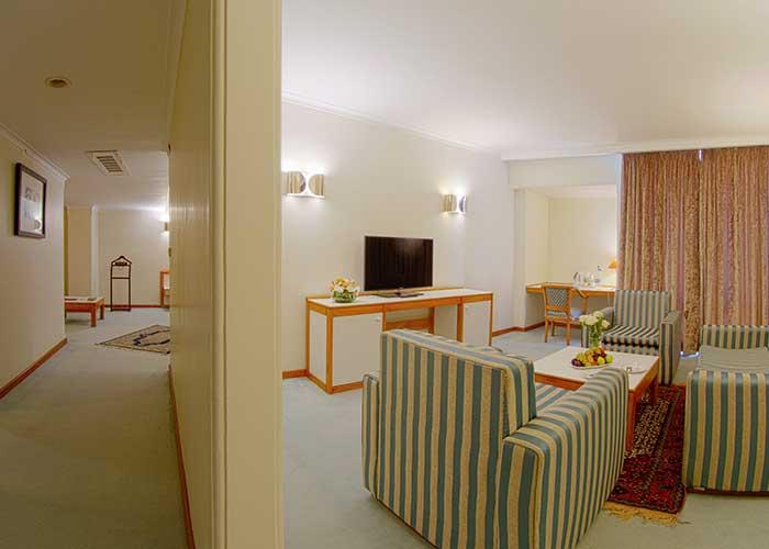 سوئیت جونیور هتل هما تهران