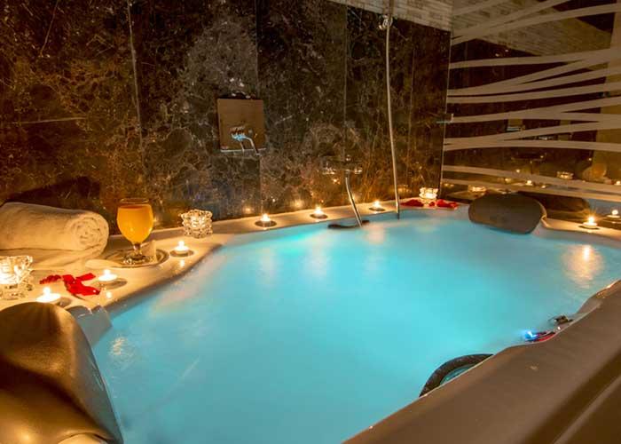 عکس سوئیت هما کلاس هتل هما تهران