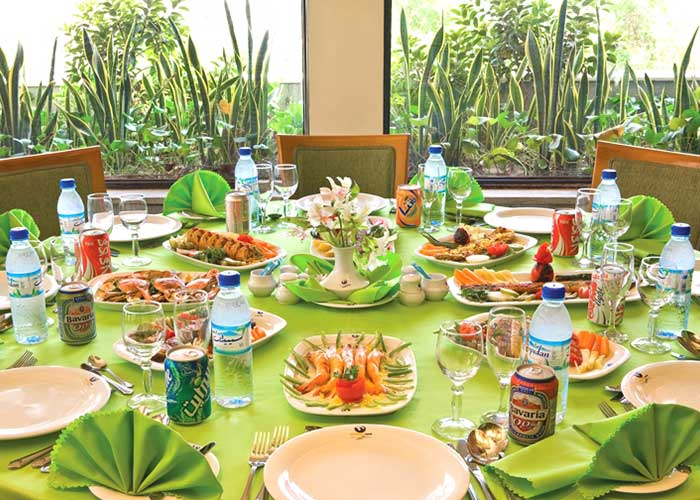 رستوران سبز هتل هرمز بندر عباس