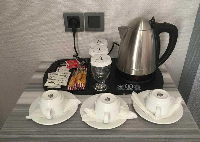 چای ساز اتاق هتل امیر تهران