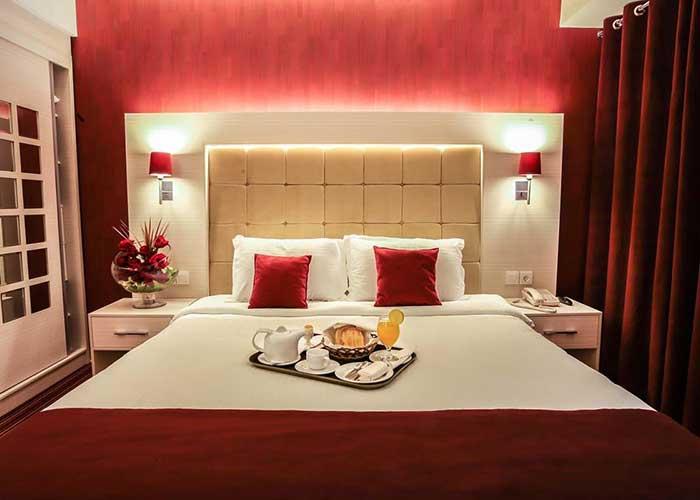 اتاق دو تخته هتل هویزه تهران