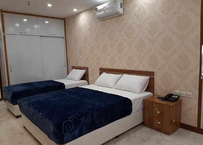 اتاق سه تخته هتل ایران همدان