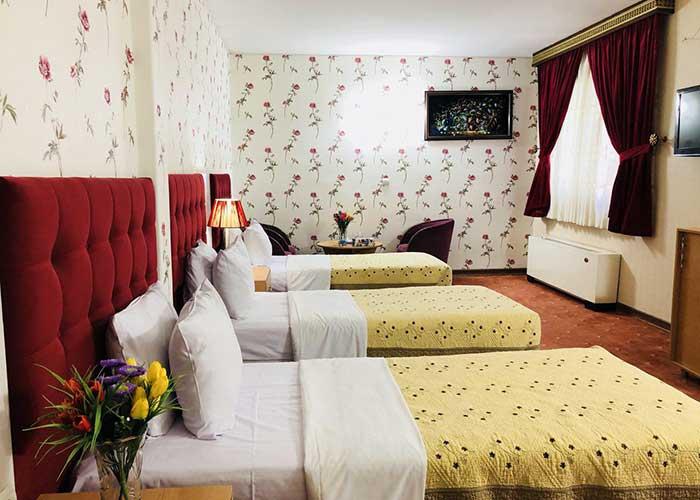 تصاویر اتاق سه تخته هتل ایران تهران