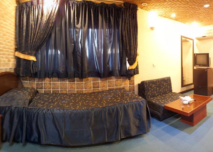 یک تخته هتل جام جم شیراز