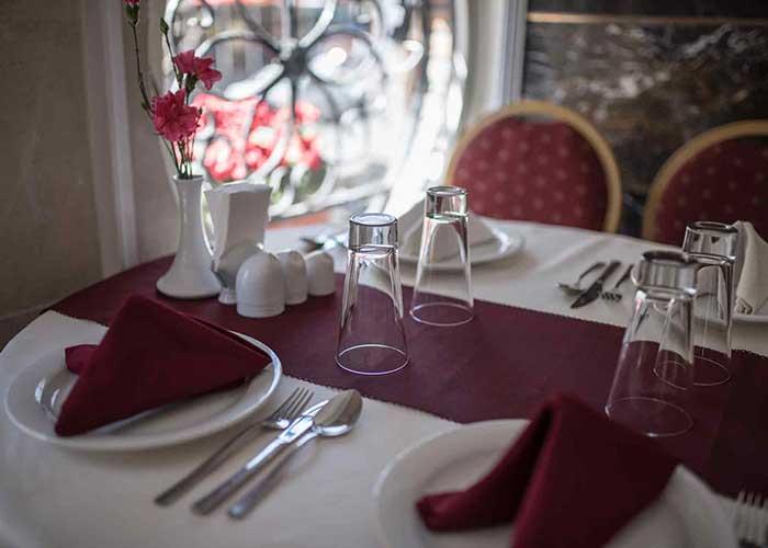 عکس رستوران هتل جهان تهران