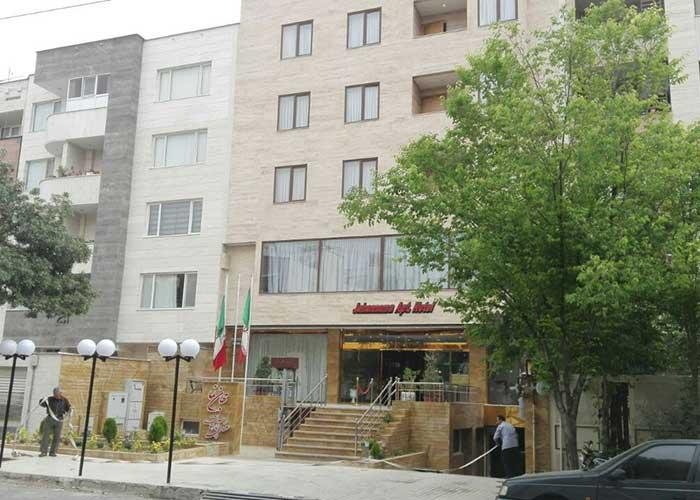ساختمان هتل آپارتمان جهان نما شیراز