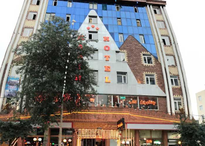 ساختمان هتل کبیر سرعین