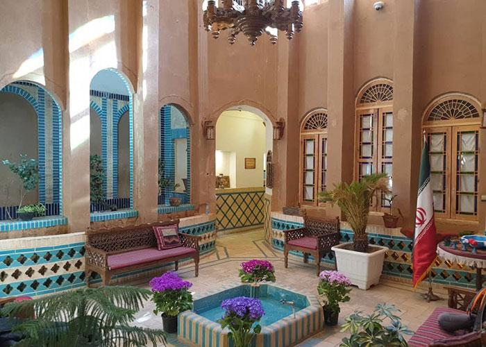 تصاویر حیاط هتل سنتی خوان دو حد یزد