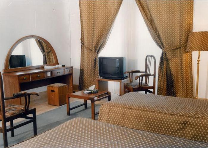 عکس اتاق هتل کاروان یزد