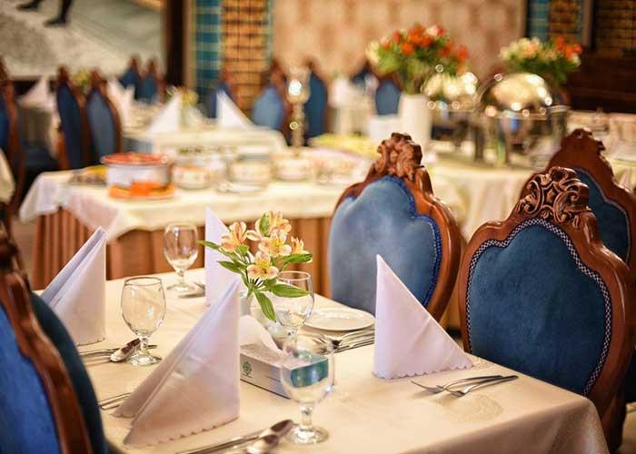 رستوران هتل کریم خان