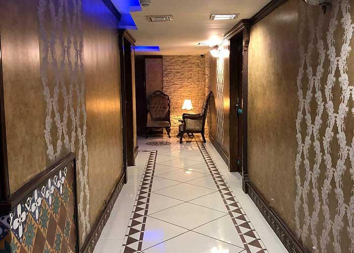 راهرو هتل کریم خان شیراز
