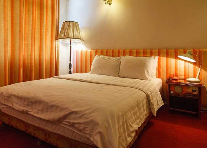 اتاق هتل کارون تهران