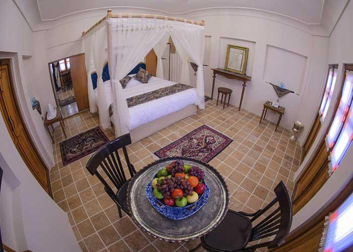 اتاق دو تخته هتل سرای کاسیان کاشان