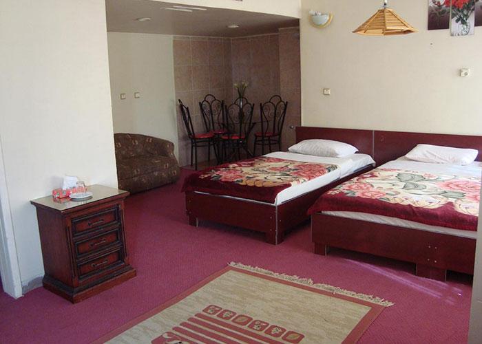 سه تخته هتل کاوه