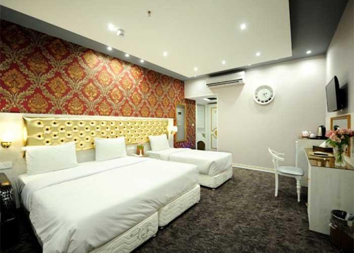 اتاق سه تخته هتل خواجو