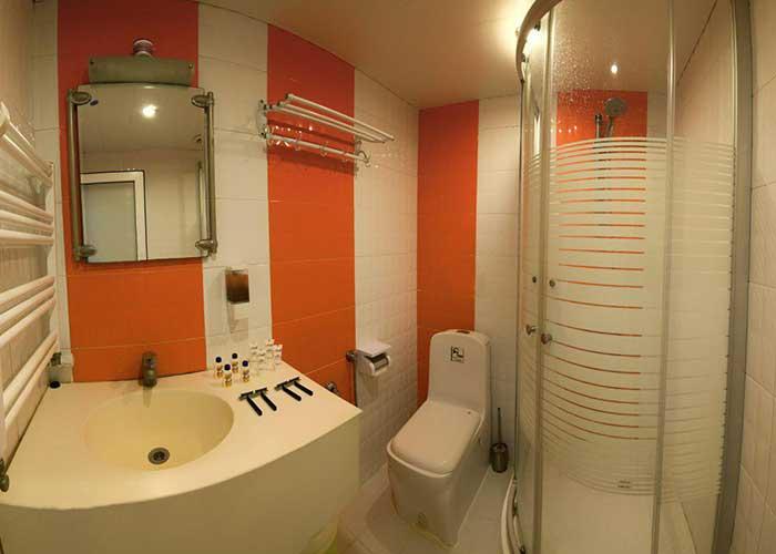 سرویس بهداشتی هتل خانه رز کاشان