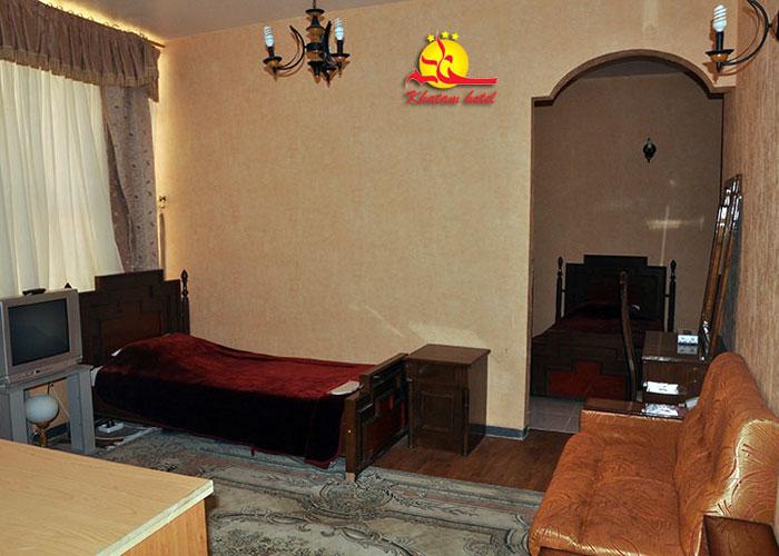 عکس اتاق هتل خاتم یزد