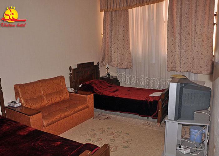یک تخته هتل خاتم یزد