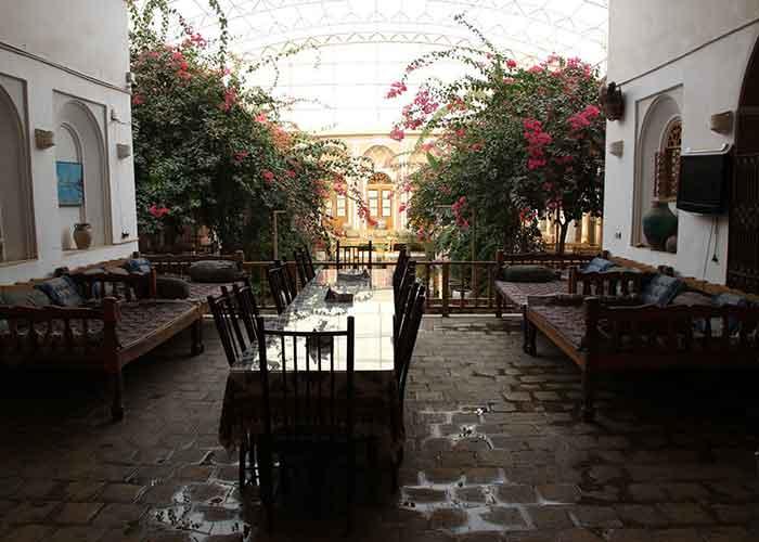 رستوران هتل کهن کاشانه یزد