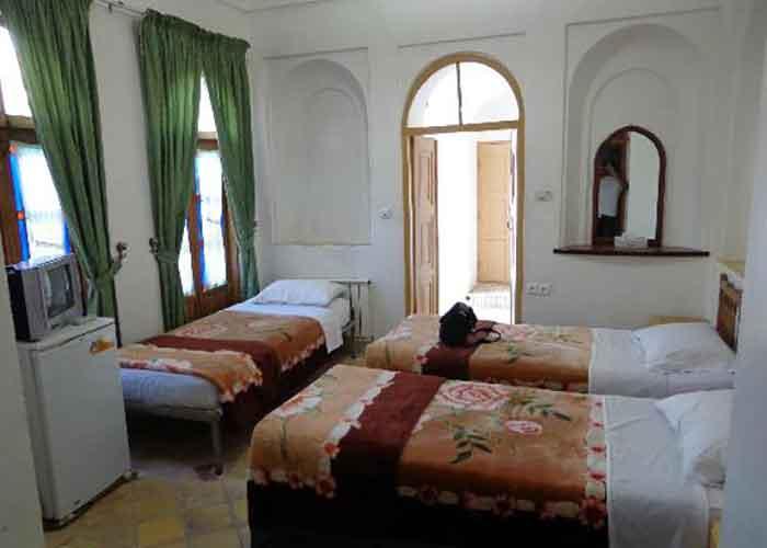 تصاویر سه تخته هتل کهن کاشانه یزد