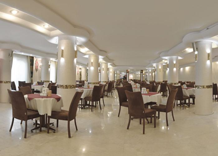 فضای رستوران هتل کوثر مشهد