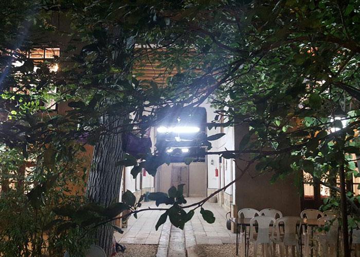 ساختمان اقامتگاه بوم گردی کوشک آقا محمد قمصر
