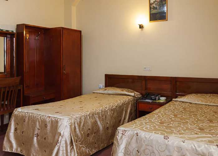 توئین هتل کوثر شیراز
