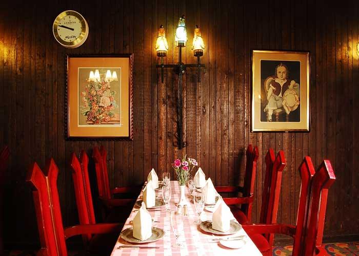 رستوران روتیسری هتل لاله تهران