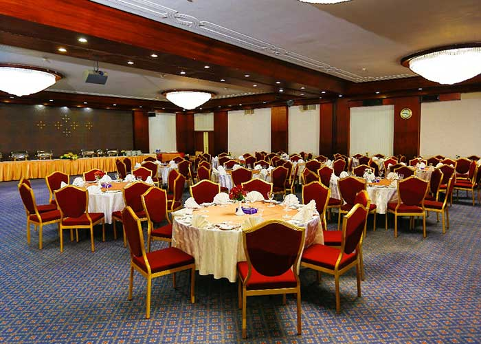 سالن گلزار هتل لاله تهران
