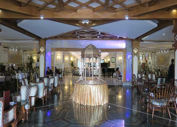 فضای لابی هتل لاله تهران
