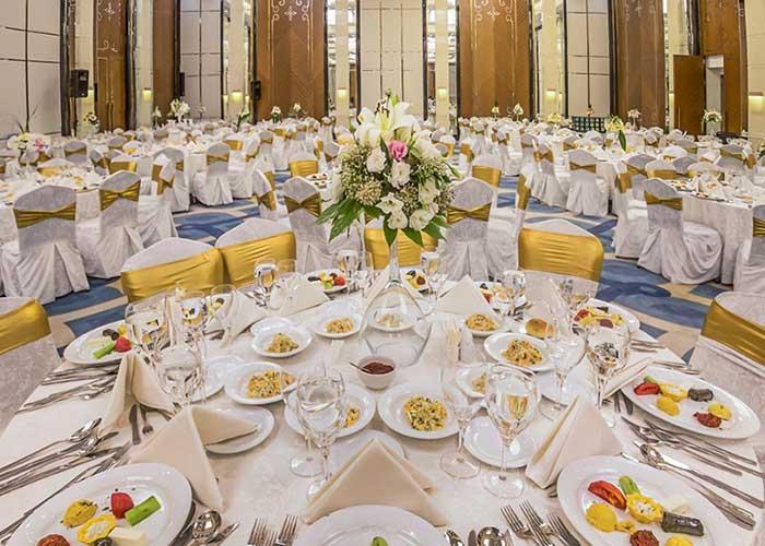 سالن جشن های هتل لاله پارک تبریز
