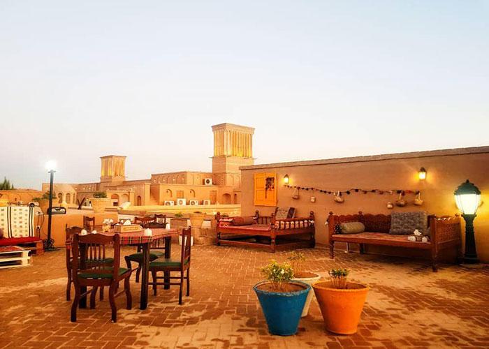 چایخانه سنتی هتل لاله یزد