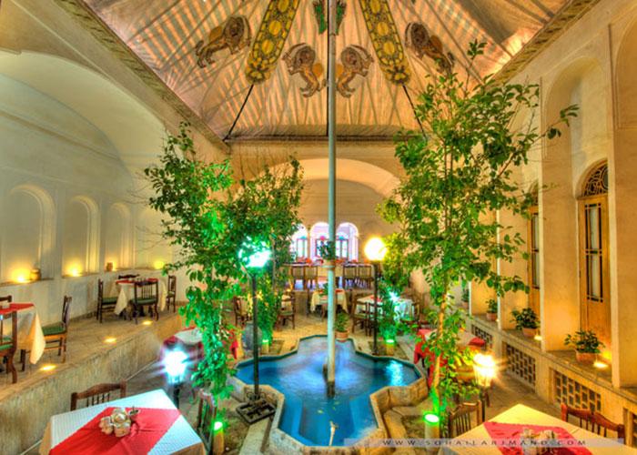 عکس رستوران هتل لاله یزد