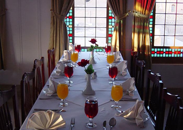 عکس رستوران هتل لاله