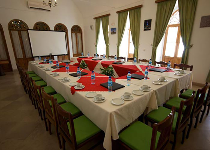 سالن کنفرانس هتل لاله یزد